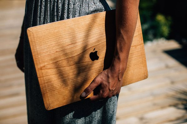 cover MacBook bois woodstache