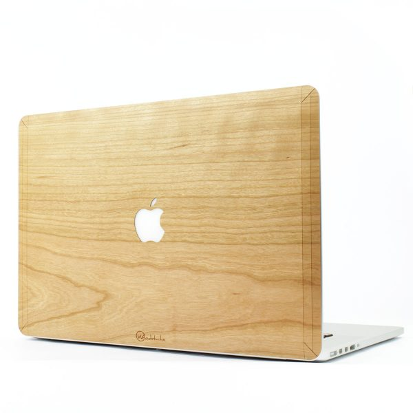 Cover MacBook Pro en bois