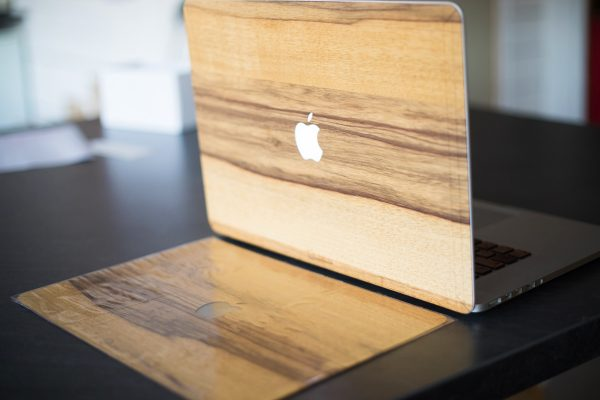 Cover en bois macbook fabriqué en France