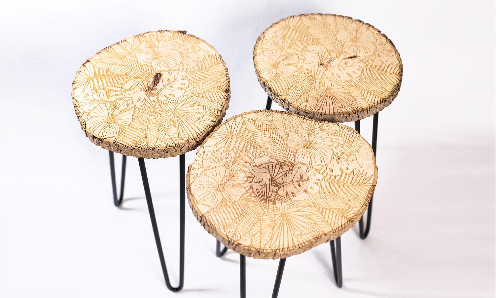 tabourets en bois