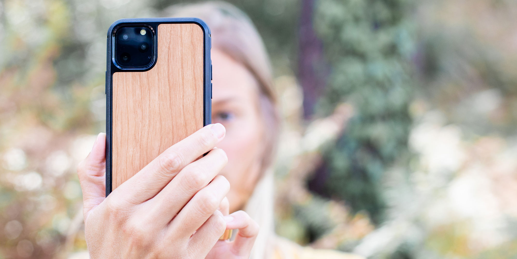 Woodstache | Coque iPhone 11 en bois made in France