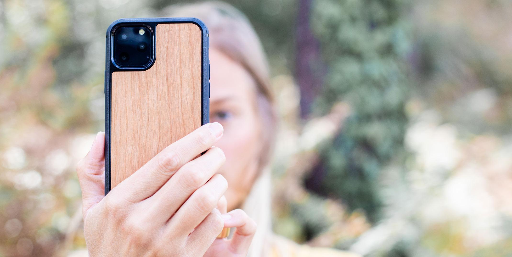 coque en bois iPhone 11